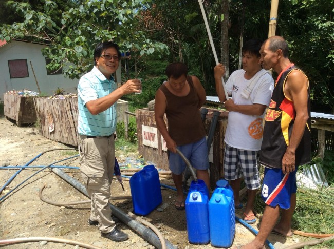 Our agricultural consultant, Ric Patricio, talks about introducing purified water into the village.