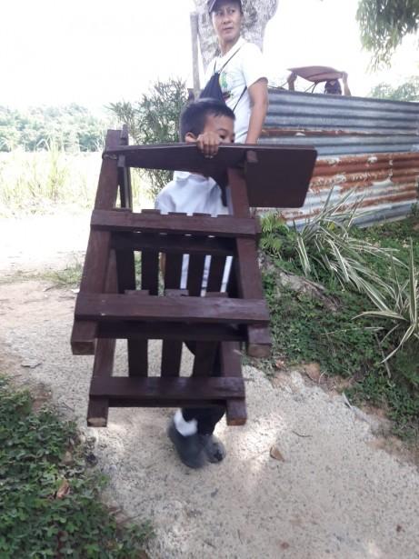 Schoolchairs1